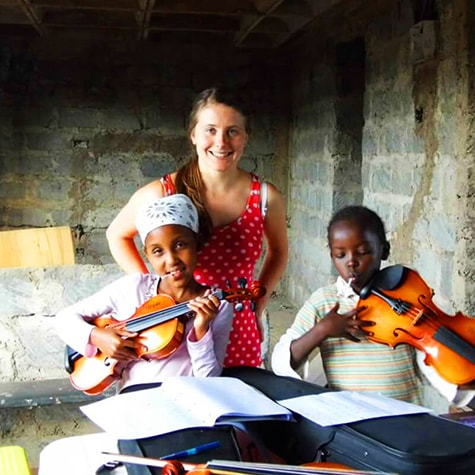 Volunteer Overseas Music Lesson in Ghana