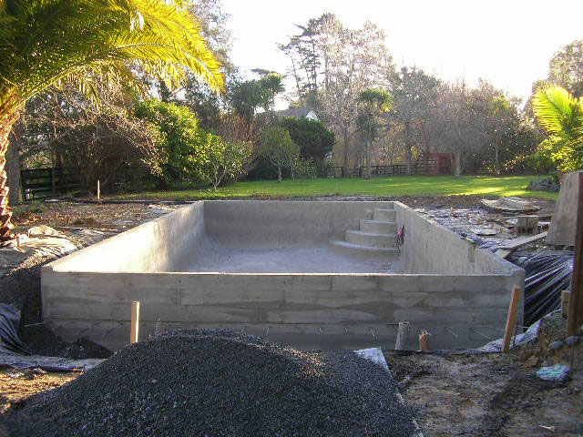 Pool built by Northern Pools for Paul & Julie Atkins