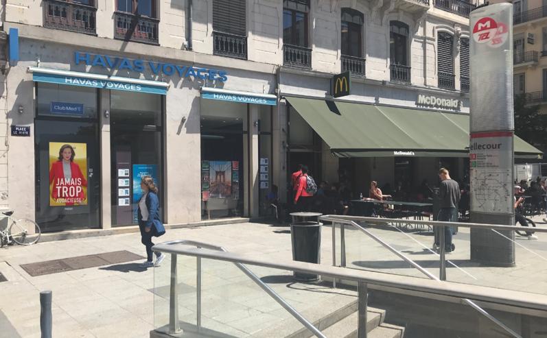 Ecran 75' Full HD 4K – Place Bellecour Lyon