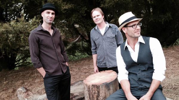 Acoustic Crème: Auckland-based Wedding Musicians