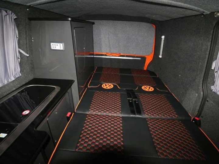Cabin Interior: Bed